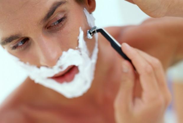 Irritação na pele depois de fazer a barba? 6 truques para combater esse problema!