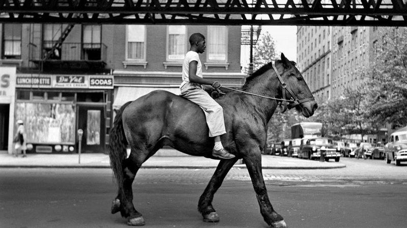 Vivian Maier: fotografia de rua pelos olhos de uma babá