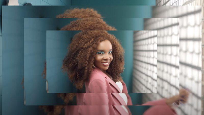 """Avon apresenta a campanha """"Olhos nos olhos, cada mulher, uma história"""" e lança nova máscara de cílios SUPER Á Prova D'água"""
